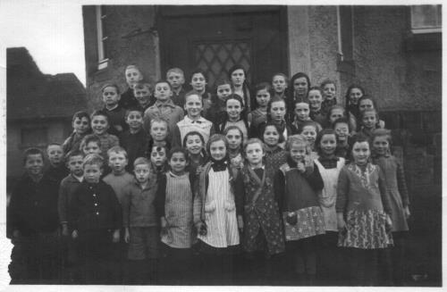 Schüler in Nieder-Bessingen 1935/36